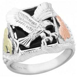 Black Hills Ezüst és 12K Arany Sas Férfi Gyűrű Onix Drágakővel