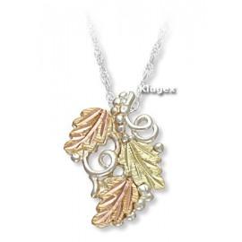 Ezüst Medál Arany Levelekkel és Ezüst Lánccal